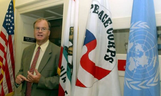 Sam Farr Communist Cuba advocate / Advocated UN Soviets / COG / Council of Governments